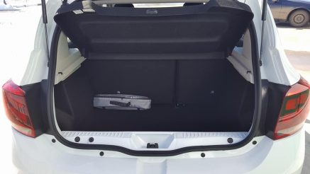 Снимка на багажника на DACIA SANDERO AUTOMATIC