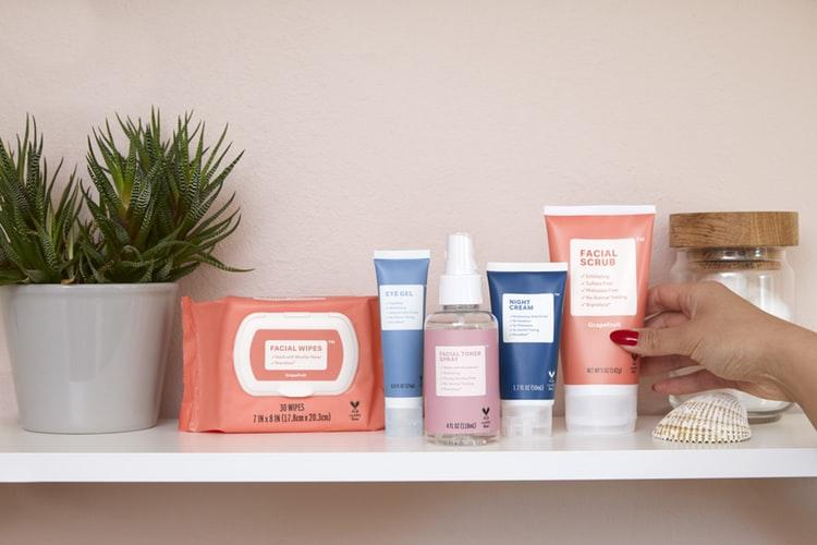 козметика за баня в багажа